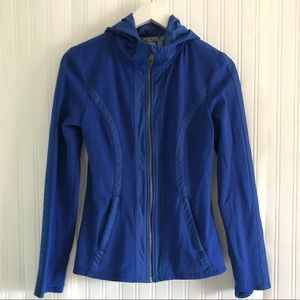 ATHLETA Blue Verbier  jacket with thumbholes Small